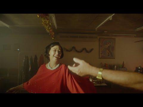 Phum Viphurit - Softly Spoken [Official Video]