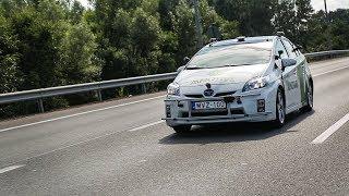Az önvezető autó találkozása a gyorshajtó BMW-ssel