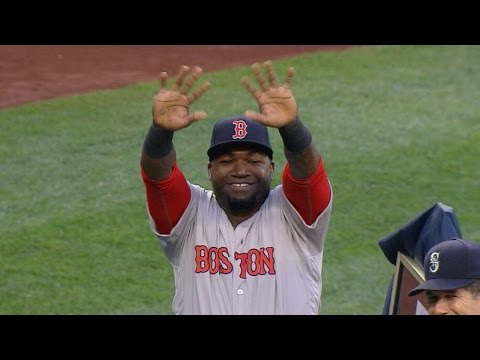Ortiz given gifts  before game in Seattle