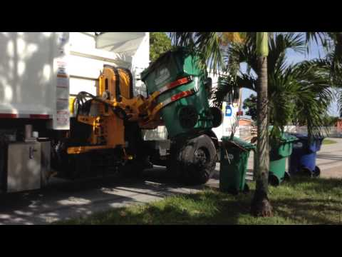 Garbage truck from miami dade county