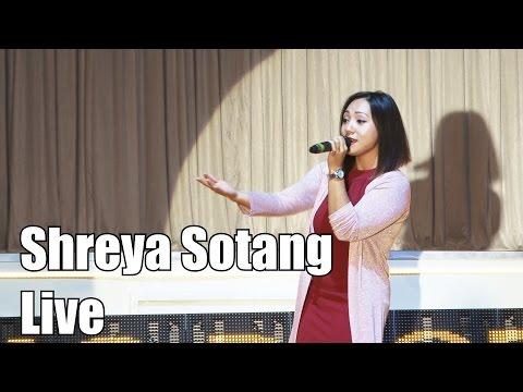 Shreya Sotang (Live) Yo Chori Ko Rupai Ramro, 5th Miss UK Nepal 2016
