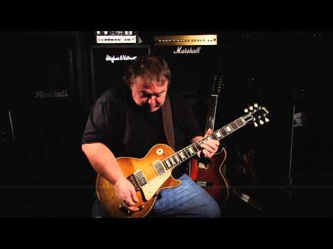 Whitesnake's Bernie Marsden plays 'Morris Minor' on his 1959 Gibson Les Paul at WildWire Music