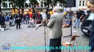Köln Mahnwache der glücklichste Mensch im Universum