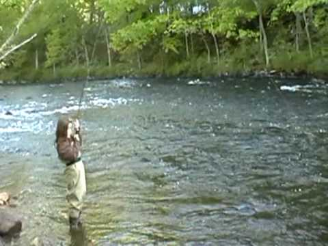 The fishing is great come on in farmington river nw for Farmington river fishing report