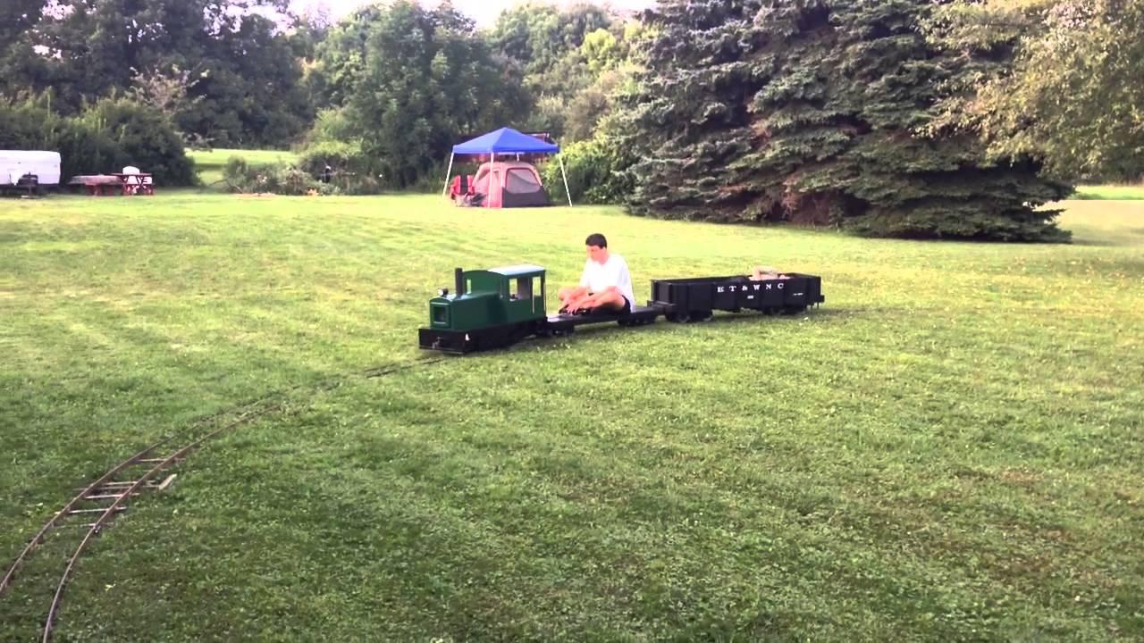 Backyard Railroad Temporary Track - Running the Train ...