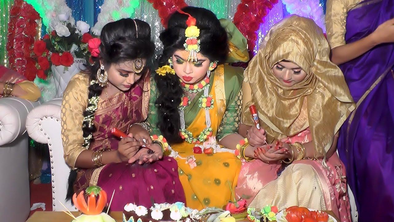 Bangladeshi Wedding Video || Gaye Holud Of Maya || Biyer Gaan || গ্রামের বিয়ে || বাংলা বিয়ের গান..