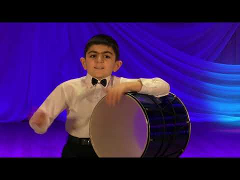 Тигран Петросян. Игра на дооле (армянский барабан)