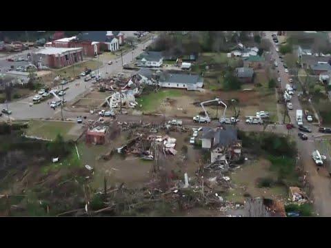 WVTM SKY 13 drone video of Wetumpka tornado damage