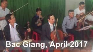 NSƯT Khắc Huề với Violin Làng Then