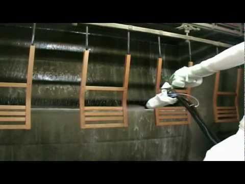 Pintura de sillas de madera automatizada youtube for Pintura de muebles de madera