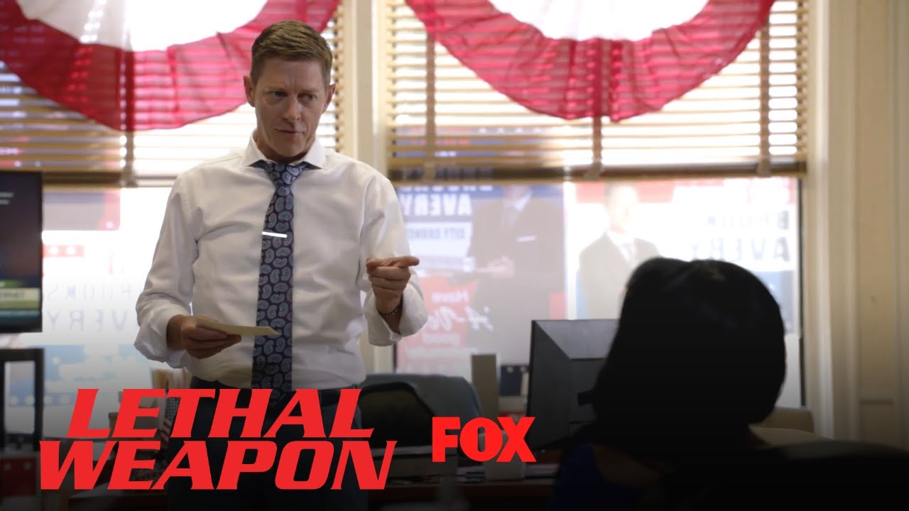 avery-practices-his-speech-with-trish-season-3-ep-1-lethal-weapon