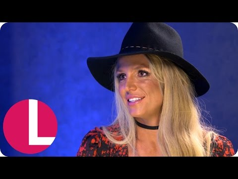 Britney Spears Talks Life in Her Thirties and Being Single | Lorraine