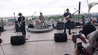 Gugun Blues Shelter - Jemu (Live Dumai 'Howloud Studio')