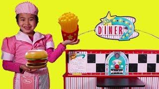 Jannie Pretend Play with Diner Toy Set