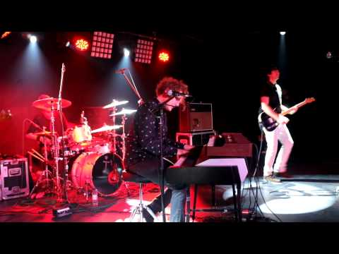Toploader Live at The Aquarium Lowestoft UK