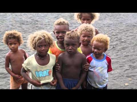 Iles Salomon Honiara Enfants qui jouent / Solomon islands Kids play