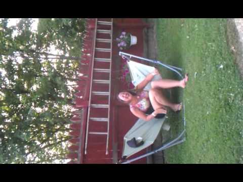 6 ft girl stuck in 5 ft hammock - YouTube