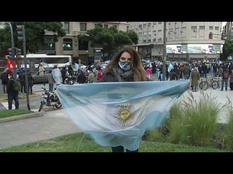 احتجاجات في الأرجنتين ضد إجراءات الحجر الصحي