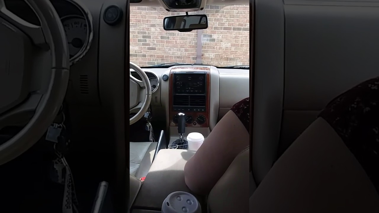 How To Ford Explorer Aux In 2007