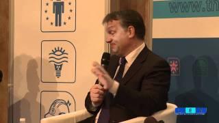 CES panel debate on Europe's economy: Political union now?
