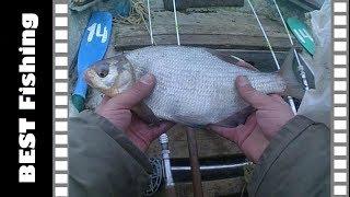 МЫ ТАКОГО НЕ ОЖИДАЛИ Экстремальная рыбалка на Десне Ловля белой рыбы с лодки