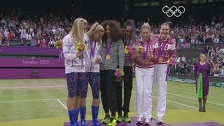 Venus & Serena Williams Secure Women's Doubles Gold - London 2012 Olympics