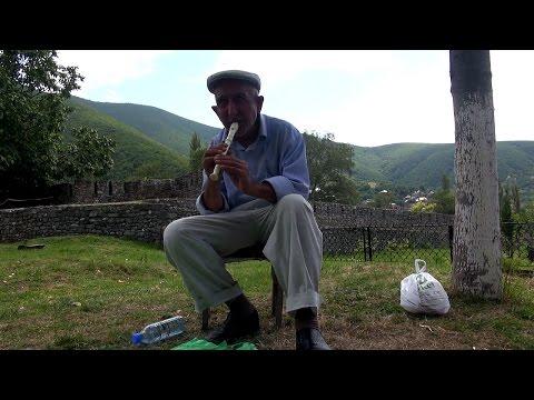 Азербайджан Чудесный Шеки Хан Сарай Беседа с профессиональным гидом Дворец из Стекла