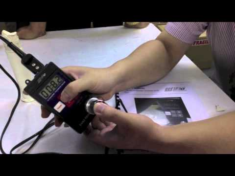 How to use an Ultrasonic Thickness Gage (by EES Singapore)
