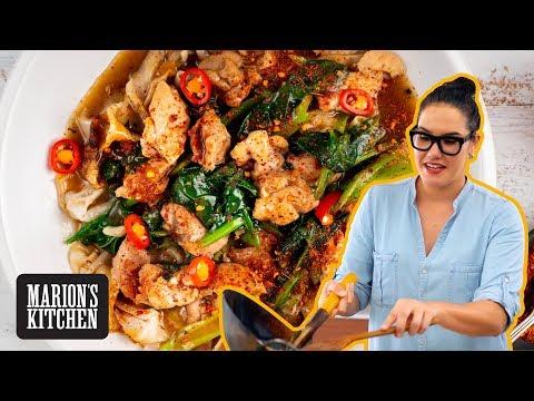Thai Chicken & Gravy Noodles 'Rad Na' - Marion's Kitchen