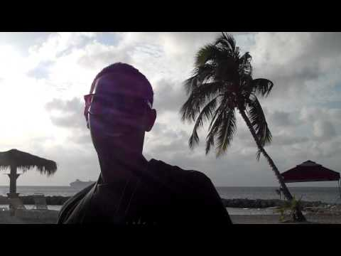 Cayman Islands Billy Bones best place to drink Treasure Island Carribean Vacation