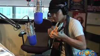 "Jake Shimabukuro performs ""Let's Dance"" on KFOG Radio"