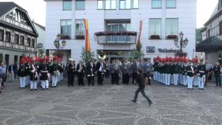 Schützenfest 2014 - Platzkonzert auf dem Ahrweiler Marktplatz