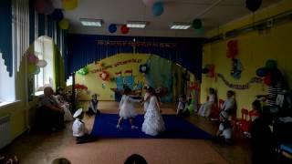 """Танец  девочек в детском саду """"Чайки"""""""