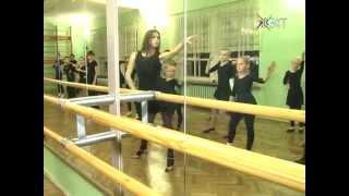 Танец - смысл жизни. На сцене дуэт «Алекс» зажигает для зрителей, а в студии - передает опыт детям