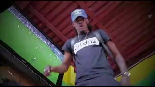 Tarnado ft. Shaka Pow - Foot a Road [Official Music Video]