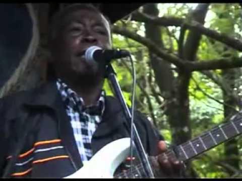 Jacob Luseno - Kenyan music of the Luhya tribe