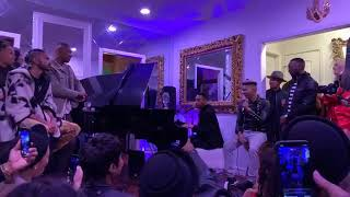 Durand Bernarr sings a Medley of FNF,  Sorry & The Way at Taco Tuesday
