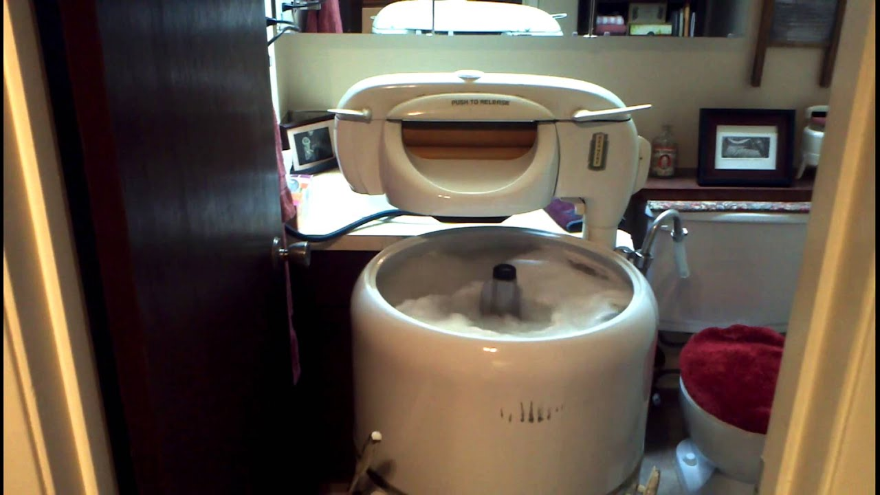 Washing In The 1948 Kenmore Wringer Washer Youtube