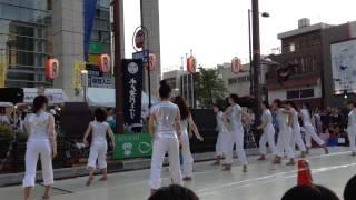 黄門まつりの日に毎年観るダンスチーム.