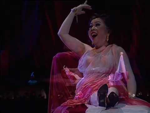 "Nancy Yuen sings Mirror Aria from ""THAIS"" by Massenet, Bangkok Opera 2009"