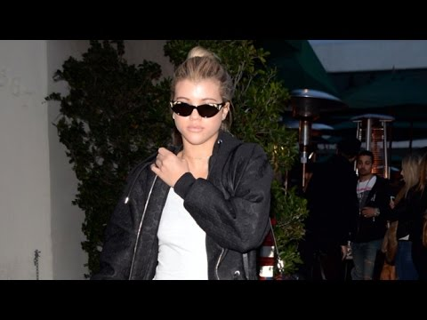 Thumbnail: Sofia Richie Steps Out After Reuniting With Pal Paris Jackson At Golden Globes