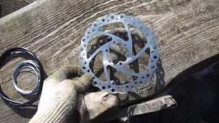 Установка дискового тормоза вместо v-brake(В связи с поломкой обода пришлось переделывать тормозную систему. Решил поставить диск так как он понадежн..., 2014-03-02T18:04:02.000Z)