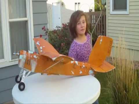 RCDOX 2011 WINGS  flying low in leaves RC plane