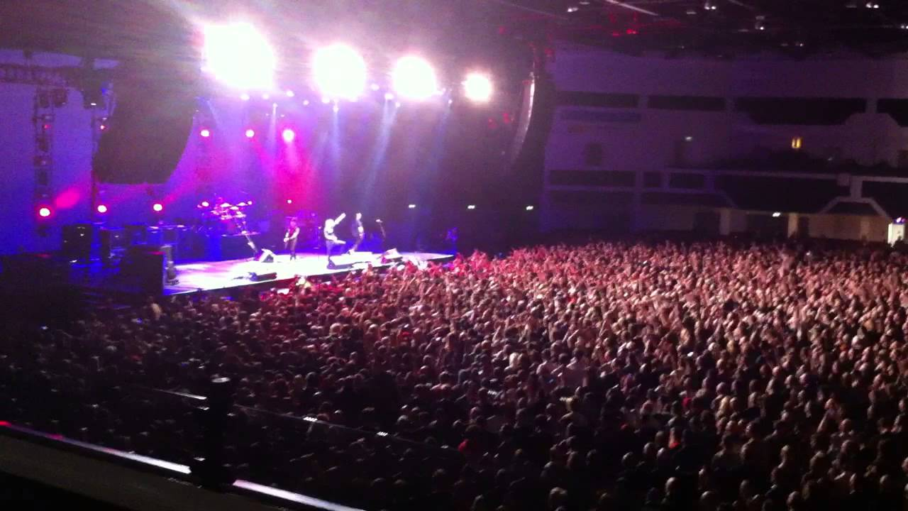 Alter Bridge Metallingus Live At Motorpoint Arena