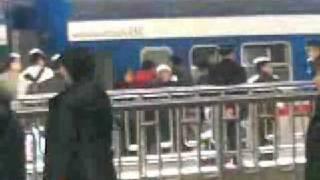 北京西站发现史上最强爸爸