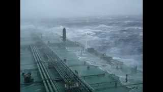 Large tanker in an Atlantic storm.mpg