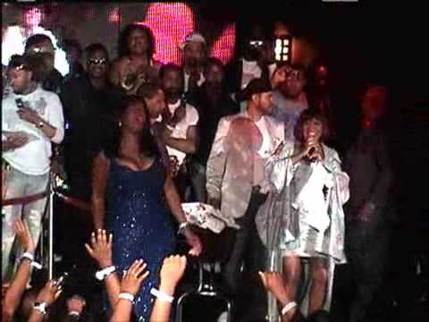 Patti LaBelle and Jennifer Hudson sings live