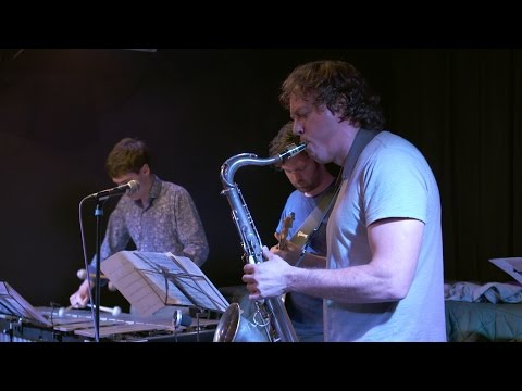 Clip from The Hidden Notes album launch at the Vortex Jazz club featuring: John Martin Tenor Sax, Ralph Wyld Vibes, Rob Updegraff Guitar, Tim Fairhall Double Bass & Tim Giles Drumes