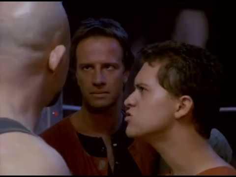youtube filmek - Fortress   33 emelet mélyen a pokolban 1993   Teljes film