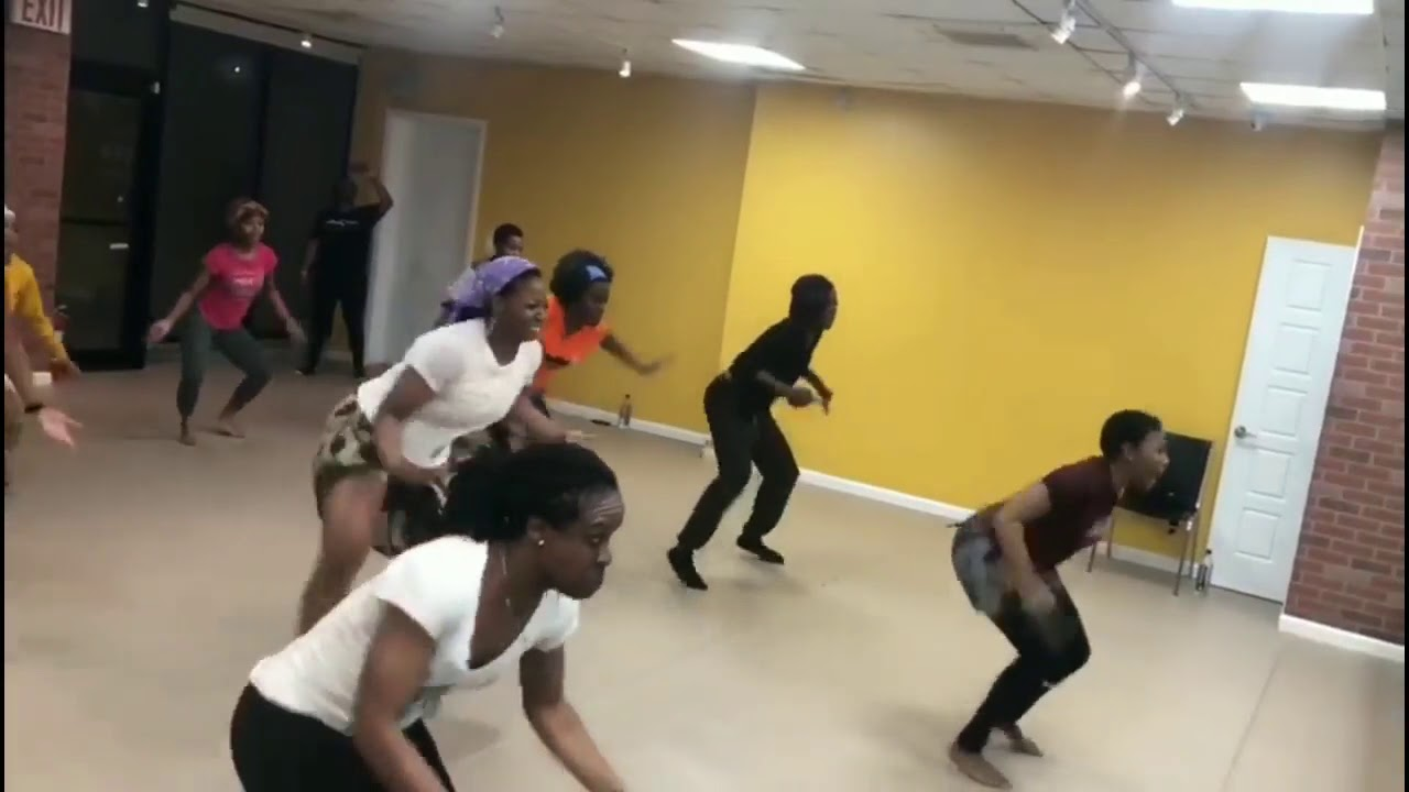 Download Traditional West African Choreo Class with Akosua